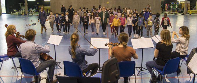 121 enfants s'engagent dans la musique pour 3 ans avec Démos