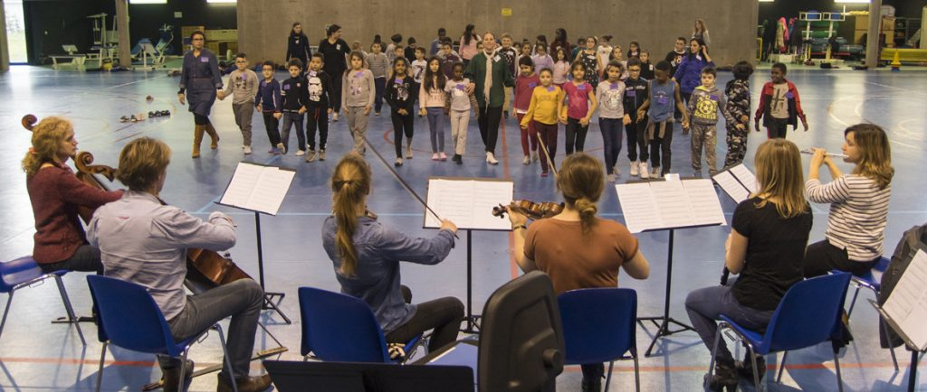 121 enfants s'engagent dans la musique pour 3 ans avec Démos | M+ Mulhouse