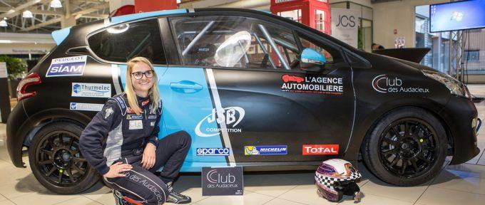 Sport automobile : Ilona Bertapelle en route pour gagner la 208 racing cup !
