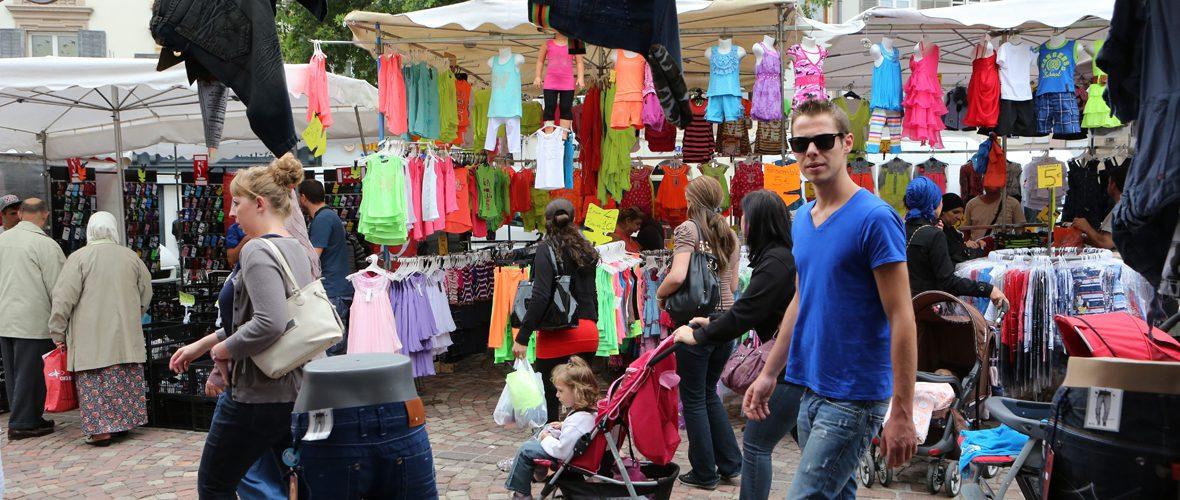 Braderie : faites le plein de bonnes affaires au centre-ville   M+ Mulhouse