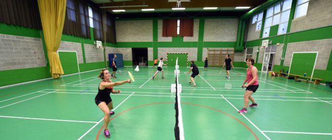 Le plaisir du badminton, de 8 à 65 ans