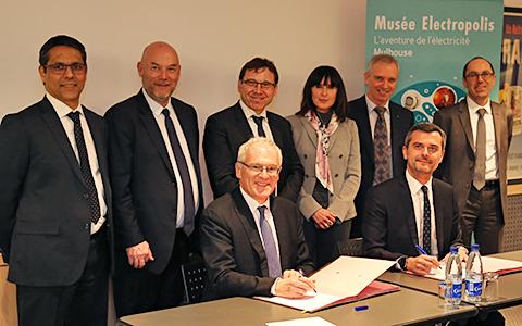 La convention de mécénat a été signée par Jean-Bernard Lévy, le PDG d'EDf (à g.) et Julien Villeret, le président du musée.