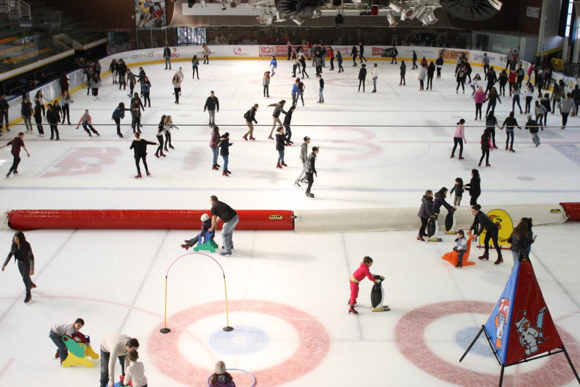 Tous à la patinoire