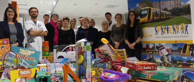 700 jouets collectés par Soléa pour les enfants hospitalisés