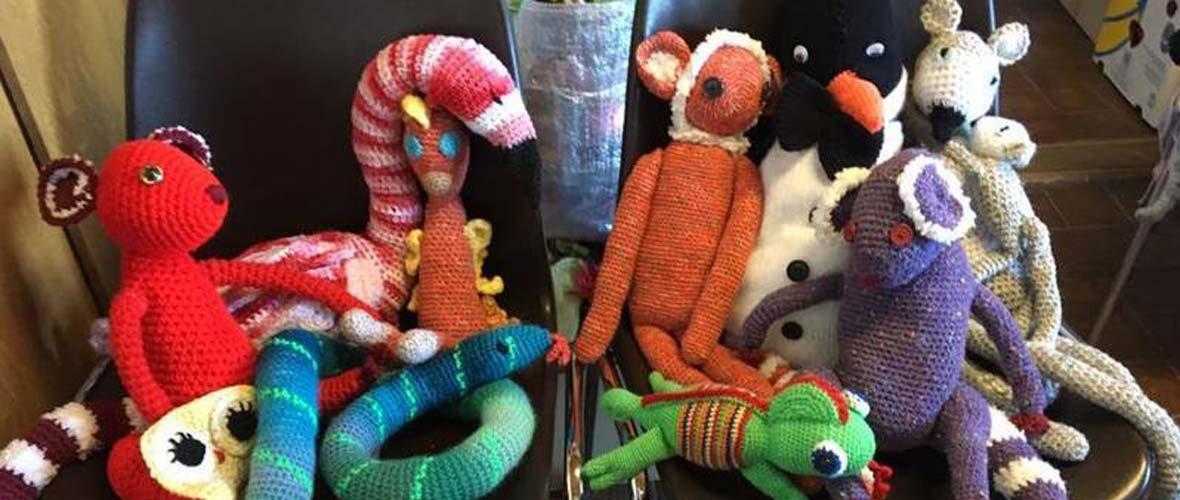 Vente caritative du Gang des tricoteuses
