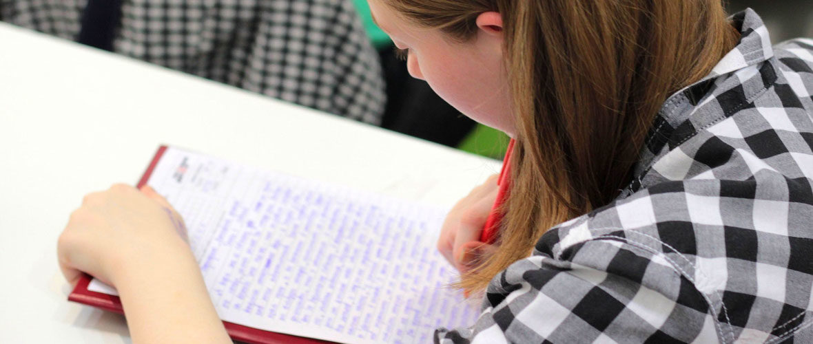 Une dictée pour soutenir l'alphabétisation | M+ Mulhouse