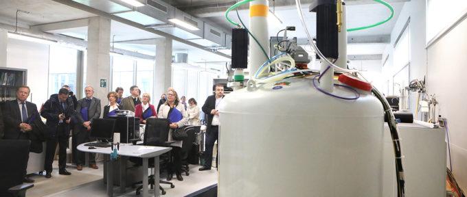 Université: un spectromètre au service de la chimie moléculaire