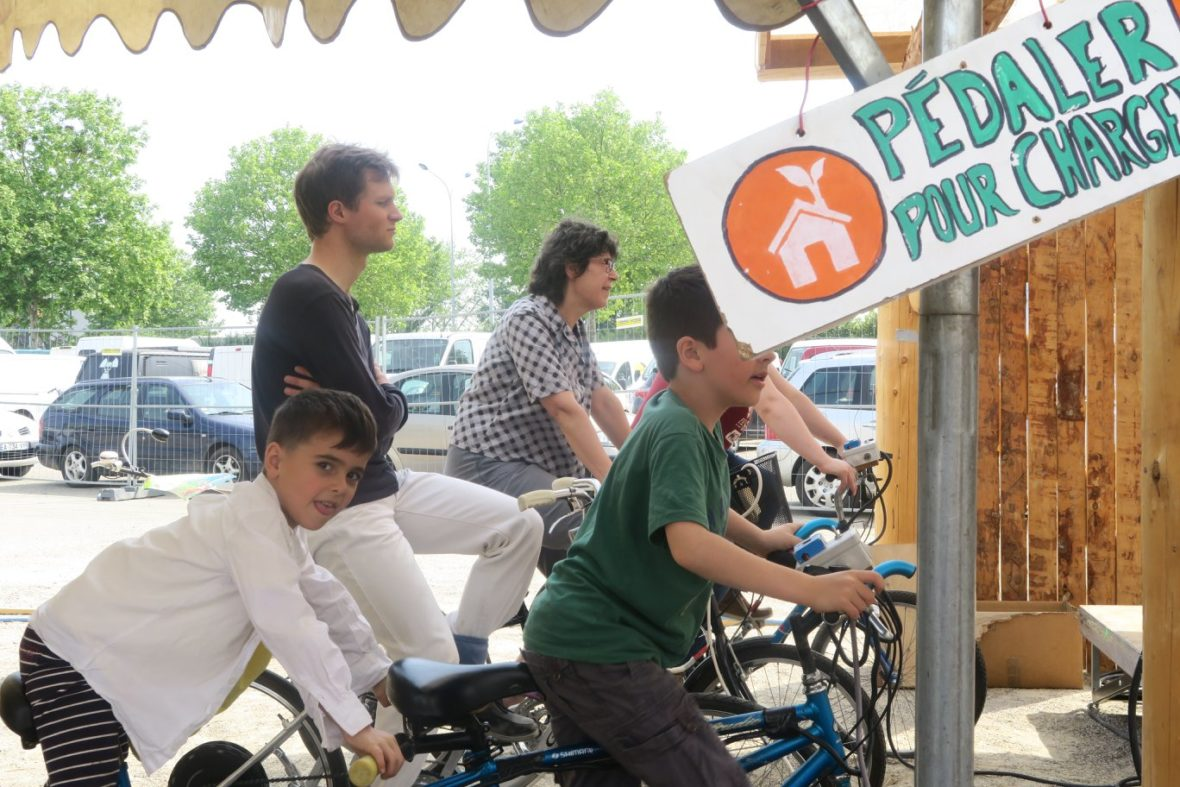 Vélo doux avec le groupe The Yokel