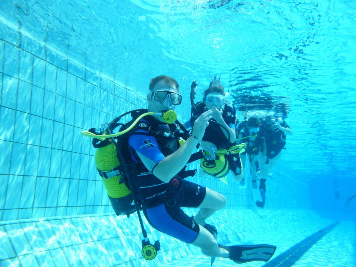 Baptêmes gratuits de plongée, apnée et hockey-subaquatique