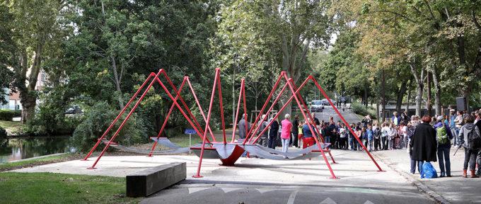 Mulhouse Diagonales: des hamacs pour profiter des berges du canal
