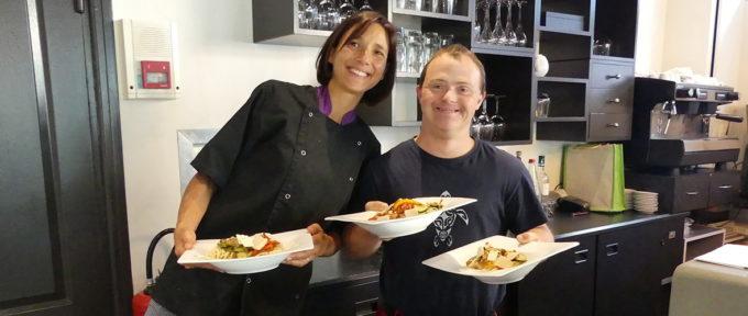 Le restaurant inclusif « Un Petit truc en plus » se lance dans la livraison à domicile et à emporter