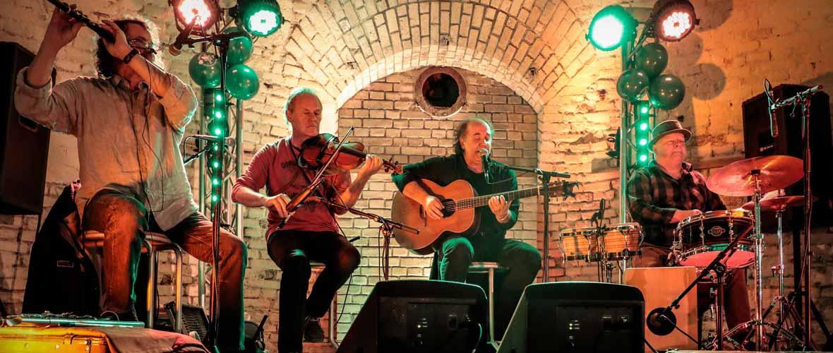 Chum's : Irish World groove