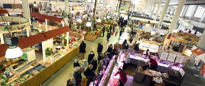 Emplettes au Marché de Mulhouse avant la popote de Noël