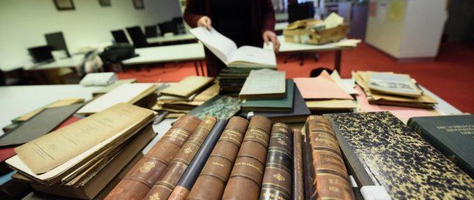 Opération Tri aux Archives municipales