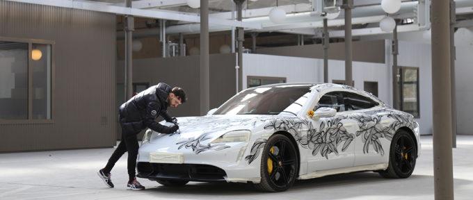 Street-art: après les murs, la Porsche!