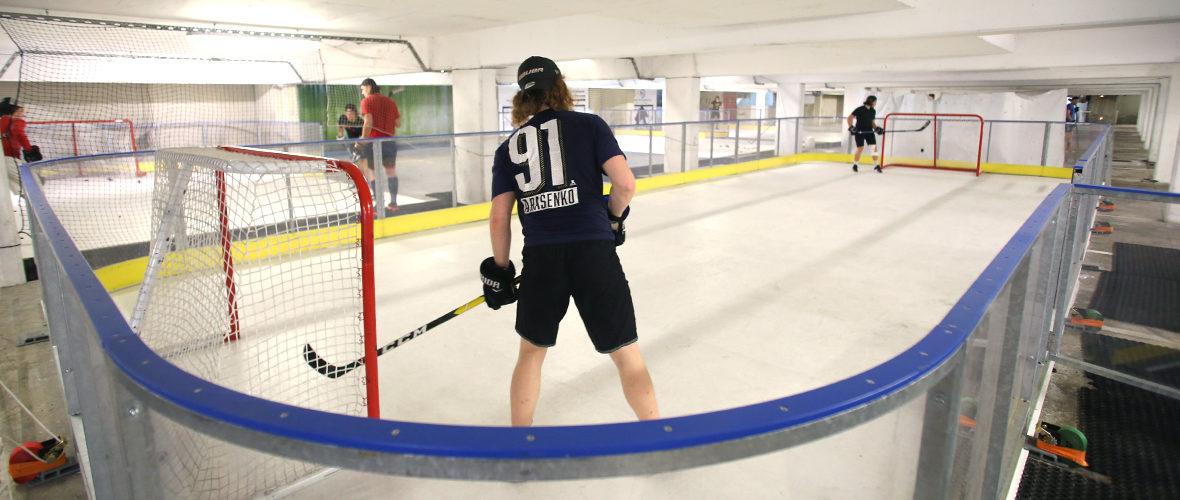 Hockey: des entraînements bien réels sur une glace synthétique   M+ Mulhouse