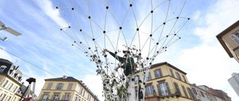 [VIDEO] Place de la République: des «Corolles» pour faire de l'ombre